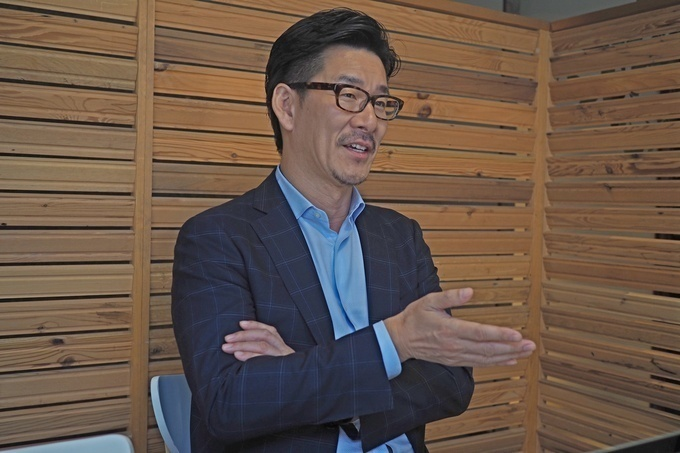 串カツ田中社長の貫啓二2