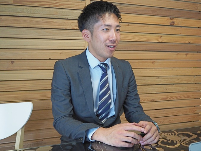 串カツ田中西日本営業部長の峯2